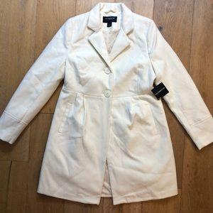 Liz Claiborne Outerwear off white peacoat M